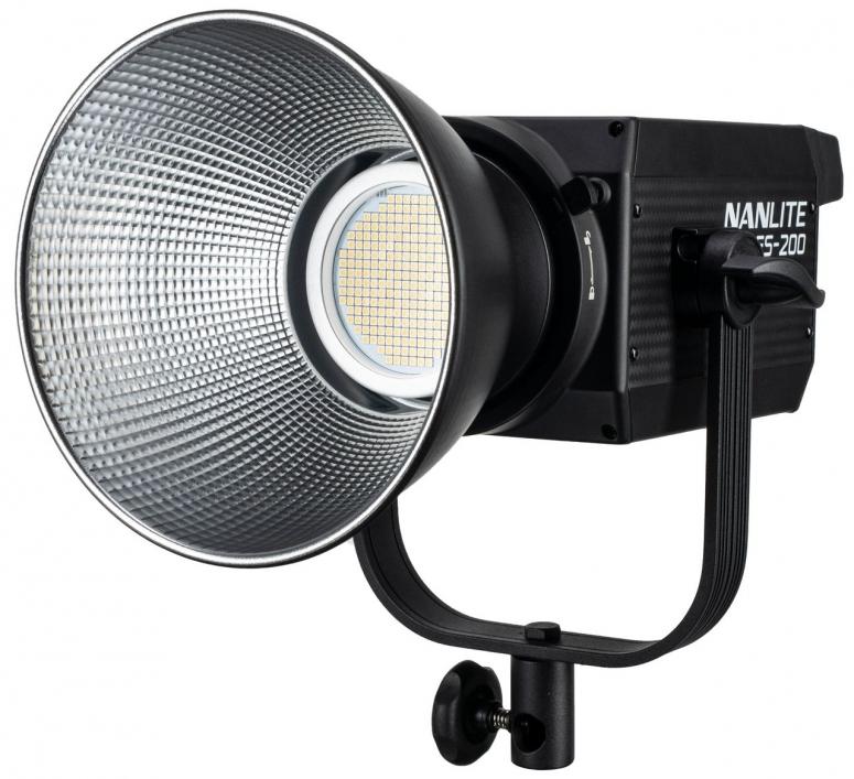 NANLITE Studio-Scheinwerfer FS-200 200W