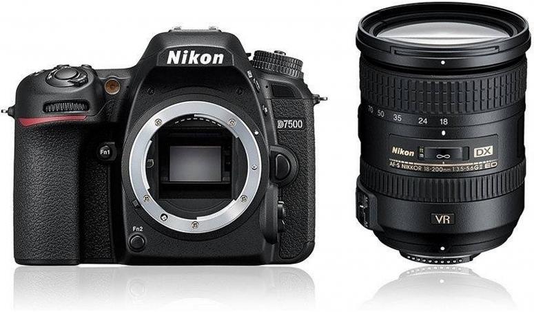 Nikon D7500 + AF-S DX Nikkor 18-200mm VR II