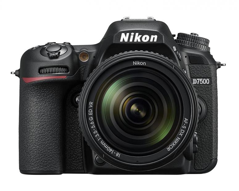 Nikon D7500 Kit AF-S DX 18-140mm f3.5-5.6G ED VR